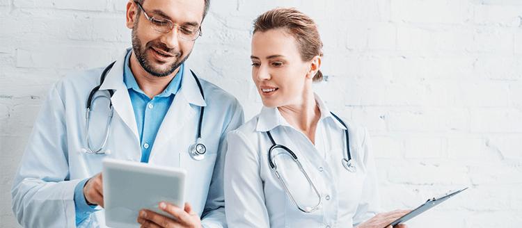 Por que processos manuais atrapalham as clínicas médicas?