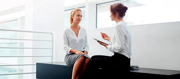 Confira 5 dicas de treinamento para a secretária do consultório